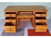 VERY LARGE SOLID PINE DESK QUALITY MADE ALL SOLID WITH 7 DRAWERS - CAN COURIER