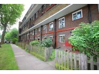 Very Large 2/3 Bedroom Maisonette With Garden Minutes to Essex Road & Highbury/Islington Stations