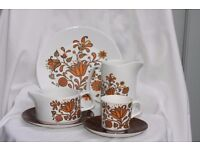 J&G Meakin 1970 Lotus dinner, tea, coffee etc sets for 6 or 12 people soup bowls, jugs & more.