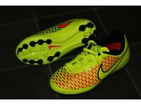 Brand New Nike Football boots kids size 12.5