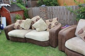 Brown & beige sofa (2-piece suite)
