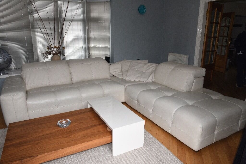 natuzzi corner surround white leather sofa with in built