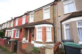 £403 Per Week. Wood Green London N22 3 Bedroom house on quiet road 2 Reception rooms Garden ZONE 3