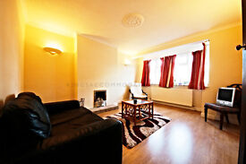 LARGE THREE BEDROOM HOUSE WITH DRIVE