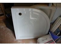 2 used corner shower trays 900 by 900