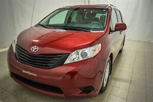 2014 Toyota Sienna 7 Passagers, Climatiseur, Bluetooth, Roues en