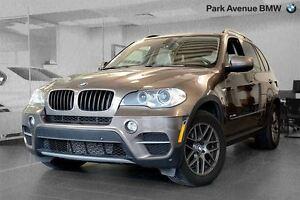 2012 BMW X5 xDrive35i / Navigation + Toit Pano