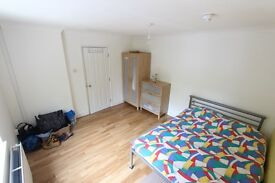 WELWYN GARDEN CITY.. ROOM TO LET/RENT. CALL NOW. SUIT SINGLE PROF / STUDENT HAtfield Business park