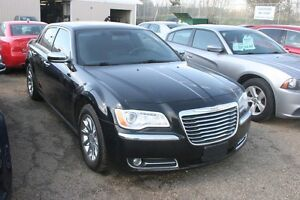2012 Chrysler 300 Limited, LEATHER, S/ROOF, ALLOYS