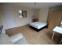 Amazing Large room in Stepney E1