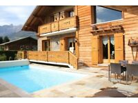 Cosy Chalet with swimming pool facing Mont Blanc