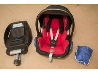 Maxi Cosi CabrioFix Baby Car Seat & EasyFix Isofix Base
