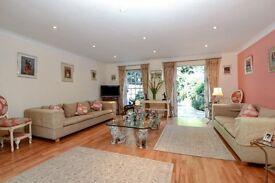 A beautifully presented regency style 4 bedroom townhouse to rent in Putney