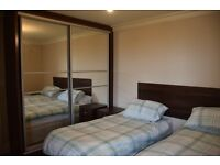 2 Bedroom holiday apartment, min. booking 3 nights, 10 min. tube, 20 min. center centre