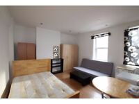A MODERN STUDIO AVAILABLE IN WHITECHAPEL WITH EXCELLENT TRANSPORT LINKS