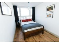 FIRST VIEWING TAKES THE PROPERTY... £2200PCM - STUNNING 3 BEDROOM PROPERTY - TURNHAM GREEN!