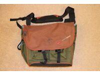"""Pakuma 17"""" laptop bag"""