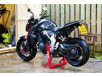 Honda CB1000R 2011 ABS custom one of a kind Carbon body spoked kineo wheel