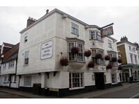 Full Time Chef de Partie - Up to £8.50 per hour - Live In - Salisbury Arms Hotel - Hertford