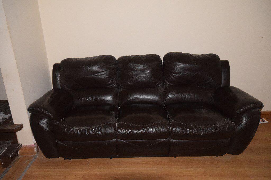 Bargain Leather Sofa 50 00 In Ravenhill Belfast Gumtree