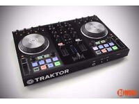 Traktor S2 Controller with Traktor License - *Nearly New Condition*