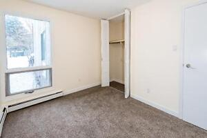 BRIGHT 2BR 1 Month Free