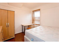 ROYAL DOCKS FOR £150PER WEEK BOOK NOW