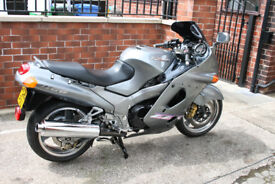 Kawasaki ZZR1100 D4