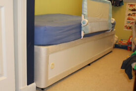 junior devan bed and mattress and fitted sheets