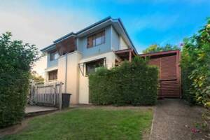 STUDENT ROOM - HIDDEN GEM!! WALK TO SOUTHBANK ! 3 ROOMS AVAILABLE South Brisbane Brisbane South West Preview