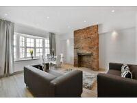 3 bedroom flat in Queens Avenue, Winchmore Hill, N21