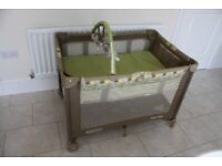 Graco Travel Cot with Bassinet
