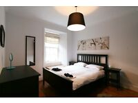 FESTIVAL LET: (Ref: 211) 1 bed flat in amazing Festival location by George Sq!