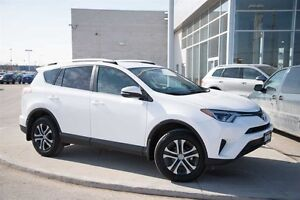 2016 Toyota RAV4 AWD LE - UPGRADED PACKAGE