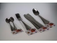 High Quality Cutlery - 24 Piece Set / Polished Stainless Steel Simple Design UK