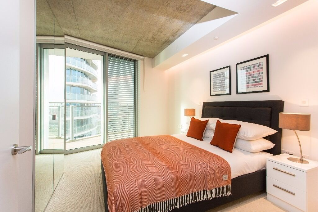 - Hot property in Hoola E16 - Brand new & furnished in Royal Victoria!
