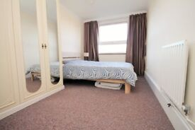 1 Bed Flat in Limehouse to rent. Fantastic Location!