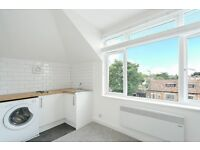 Newly Refurbished 1 Bed Flat on Upper Richmond Road - £235pw- Near Station - Available 10/04/17