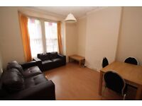 A well presented two bedroom ground floor garden flat within easy reach of Manor House station