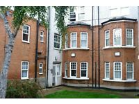Stunning & newly refurbished 3 double bedroom apartment to rent in the heart of Willesden Green