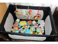 TRAVEL COT WITH TOYS
