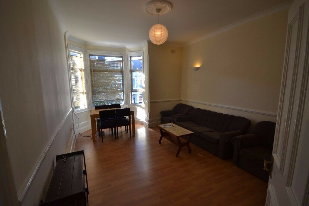 SPACIOUS 2 BEDROOM FLAT TO RENT, KILBURN NW6. NO FEES TO TENANTS