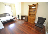 All bills included in the price, house offering five rooms with shared lounge and kitchen.