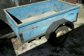 5ft by 3ft trailer strong trailer good tyres needs work to floor