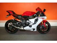 2015 YAMAHA YZF R1 AS NEW ONLY 3600 MILES