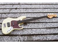Sandberg California TM4 Lined Fretless Bass