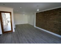 FULLY RENOVATED 6 bedrooms Terrace House with 3 Toilets, Massive Shed and Driveway --Clayhall