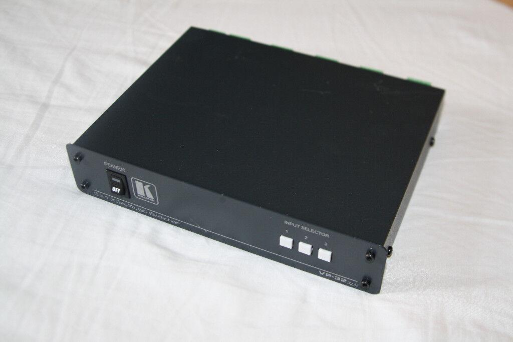 Kramer VP-32XLN 1x3 UXGA Video and Audio Switcher and Distribution Amplifier