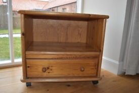 Wooden mobil drawer
