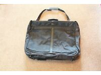 Delsey Luxury Large Travel Bag Good Quality with Zip Pockets